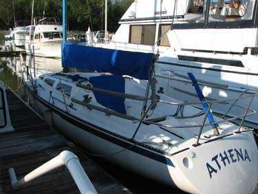 Hobie 33 sailboat