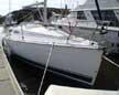 2005 Hunter 33 sailboat