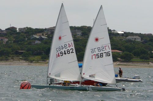 Doug Peckover and Travis Lecorey were 4th and 5th in race 3