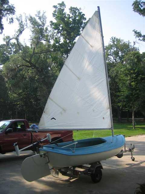 Beetle Swan catboat